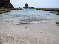 初の緑島05★緑島★滑らかに水流れる柚子湖と付近の石造建築、そして観音洞