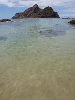 優雅なポルトガル旅・憧れのマデイラ島でバカンス♪ Vol113(第10日目午後) ☆ポルト・サント島:美しいビーチの一番外れ「Ponta do Calheta」の北側で優雅に過ごす♪