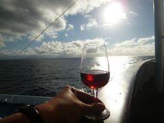 優雅なポルトガル旅・憧れのマデイラ島でバカンス♪ Vol117(第10日目夜) ☆ポルト・サント島~マデイラ島フンシャル:ポルト・サント島からフェリーのファーストクラスでマデイラ島フンシャルへ帰る♪