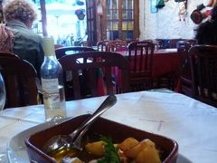 優雅なポルトガル旅・憧れのマデイラ島でバカンス♪ Vol141(第13日目夜) ☆ポルト:ディナーはカイス・ダ・リベイラのレストラン「Chez Lapin」で名物タコ料理を味わう♪