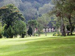 Indonesia バリ ロングステイの下見旅(1/11) 高原のゴルフ場  ~ミツバチばあやの冒険~