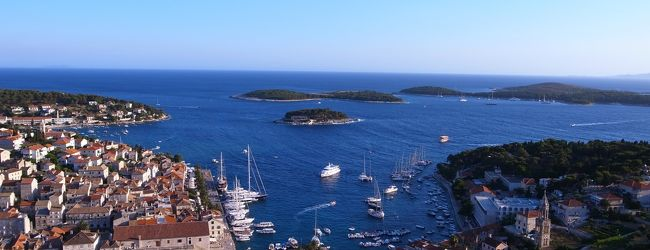 夏のクロアチア旅行記�スプリットからフヴ...