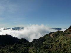 チェ ゲバラの縁の地周辺の風景−アンデス山脈-南米ボリビア国  #2