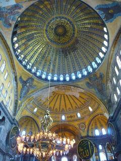 オスマン帝国下でモスクだったアヤソフィア博物館でビザンチン帝国の痕跡を探す。