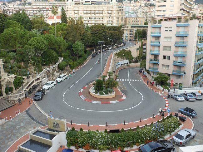 カジノ好きの夫をモナコに連れ出し、<br /><br />夫婦そろっては、初めてのヨーロッパへ。<br /><br />更にパリ、モンサンミシェルへ。<br /><br /><br /><br />