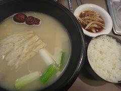 20121104 ソウルからの帰国日です 帰る前に、もう一品…