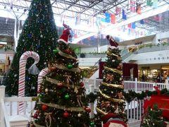 クリスマスのグアム 優雅なバカンス♪ Vol6(第2日目午前~午後) ☆マイクロネシアモール・プレミアムアウトレット・タモンサンズプラザでショッピング♪ランチは話題のニューオープン「スシロール」♪「ドルチェ・フルッティ」で絶品のマンゴージェラート♪