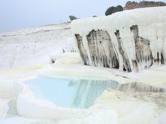 年末トルコへ③ 極寒の中、パムッカレの温泉へ