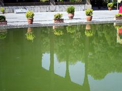 ユーラシア 東へ26: イスファハン 池に映る姿が美しい 「チャハール・ソトゥーン宮殿」