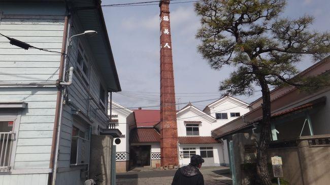 毎年2月に国内旅行に行きます。今年は2泊3日で広島方面へ。<br />1日目西条、2日目呉、3日目宮島と各日近郊を巡ったので、JRのぐるりんパスが重宝しました。<br /><br />旅程:<br />1日目は酒蔵の街西条でのんだくれます。<br />国内だと電車の時刻が信用できるせいか、つい分刻みスケジュールを立ててしまいます。<br /><br />09:49 新大阪発<br />11:14 広島着<br />11:17 広島発 ←ここが無茶<br />11:53 西条着<br /> 賀茂鶴→福美人→安芸国分寺→賀茂泉→亀齢<br />14:50 西条発<br />15:28 広島着<br />15:45 チサンホテルにチェックイン<br />16:15 旧日本銀行広島支店<br />16:50 平和記念公園<br />18:10 お好み村で夕食