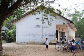 Cambodia クメールの微笑み (26/33) シェムリアップ チョムランさんの村 ~ミツバチばあやの冒険~(1月28日)