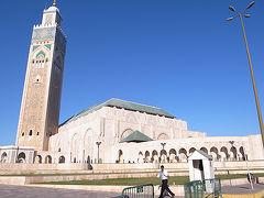大渋滞のカサブランカでハッサン2世モスクに圧倒される