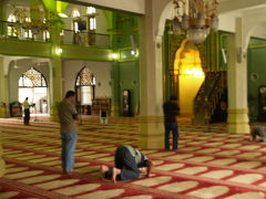 文化と宗教の坩堝&ラッフルズホテルのシンガポール