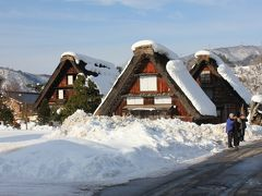 雪景色の白川郷と富山グルメの旅