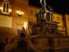 春の優雅なイタリア中部・サンマリノ巡り旅♪ Vol3(第1日目夜) ☆ボローニャ:夜景の美しいボローニャ散策と「Grand Hotel Majestic gia Beglioni」で絶品のボロネーゼを頂く♪