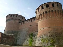 春の優雅なイタリア中部・サンマリノ巡り旅♪ Vol5(第2日目午前) ☆DOZZA(ドッザ):ボローニャから専用車ベンツでイタリア美しき村「DOZZA」へ♪