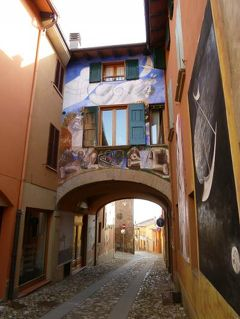 春の優雅なイタリア中部・サンマリノ巡り旅♪ Vol6(第2日目午前) ☆DOZZA(ドッザ):イタリア美しき村「DOZZA」は屋外美術館♪
