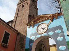春の優雅なイタリア中部・サンマリノ巡り旅♪ Vol8(第2日目午前) ☆DOZZA(ドッザ):イタリア美しき村「DOZZA」の可愛らしい時計塔とカテドラル♪