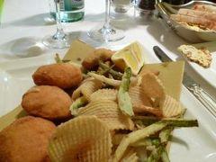 春の優雅なイタリア中部・サンマリノ巡り旅♪ Vol19(第2日目夜) ☆ボローニャ:ディナーはレストラン「Cesarina」(セサリーナ)でボローニャ郷土料理を頂く♪