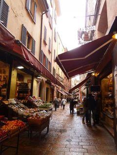 春の優雅なイタリア中部・サンマリノ巡り旅♪ Vol21(第3日目午前) ☆ボローニャ:「マッジョーレ広場」と「Mercato di Mezzo」と最も古い地区を散策♪