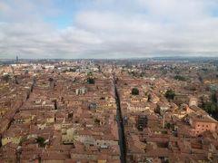 春の優雅なイタリア中部・サンマリノ巡り旅♪ Vol24(第3日目午後) ☆ボローニャ:ボローニャで一番高い塔「Torre degli Asinelli」(アシネッリ塔)からパノラマを楽しむ♪