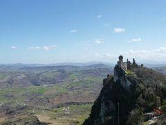 春の優雅なイタリア中部・サンマリノ巡り旅♪ Vol33(第4日目午後) ☆サンマリノ:「Rocca Guaita」(ロッカ・グアイタ)の素晴らしい要塞と絶景のパノラマ♪