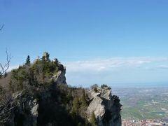 春の優雅なイタリア中部・サンマリノ巡り旅♪ Vol36(第4日目午後) ☆サンマリノ:「Rocca Montare」(ロッカ・モンターレ)の寂しげな美しい見張り塔♪周囲の美しい自然を満喫♪