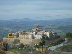 春の優雅なイタリア中部・サンマリノ巡り旅♪ Vol42(第5日目午前) ☆モンテファッブリ(Montefabbri):城壁に囲まれた小さな可愛い村モンテファッブリ♪