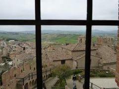 春の優雅なイタリア中部・サンマリノ巡り旅♪ Vol51(第5日目午後) ☆グラダーラ(Gradara):城壁に囲まれた中世村グラダーラのカステロ♪