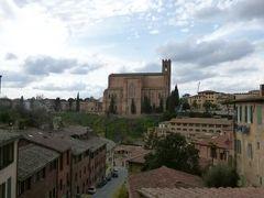 春の優雅なイタリア中部・サンマリノ巡り旅♪ Vol91(第8日目午後) ☆シエナ:「Santa Caterina」(聖カテリーナの家)と「San Domenico」(サン・ドメニコ教会)を観賞♪シエナはショッピング天国♪