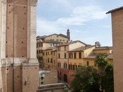 春の優雅なイタリア中部・サンマリノ巡り旅♪ Vol98(第9日目午前) ☆シエナ:朝の「S.Francesco」(サン・フランチェスコ教会)の美しいステンドグラスを鑑賞♪