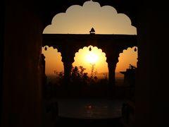 インドの古城ホテルへ / ニムラナ / インド1