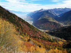 スイスの秋をドライブで堪能! 【4】紅葉燃える国境越えとモンブラン