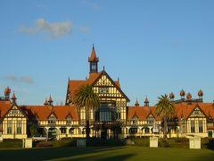 2013GWは初秋のニュージーランドへ(その1)~北島ワイトモ・ロトルア~