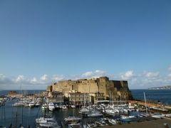 初夏の優雅なバカンス ナポリのイスキア島♪ Vol3(第2日目朝) ☆ナポリ:「Grand Hotel Santa Lucia」のジュニアスイートルームからの眺めと朝食♪