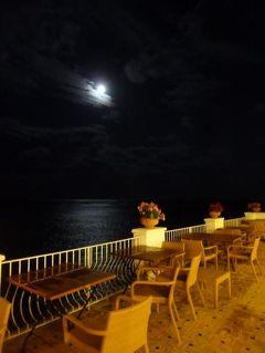 初夏の優雅なバカンス ナポリのイスキア島♪ Vol9(第2日目夜) ☆イスキア島サンタンジェロ:「Hotel Miramare Sea Resort」の美しい夜景♪