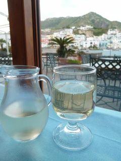 初夏の優雅なバカンス ナポリのイスキア島♪ Vol19(第3日目夜) ☆イスキア島サンタンジェロ:「HOTEL CONTE」のレストランでディナー♪