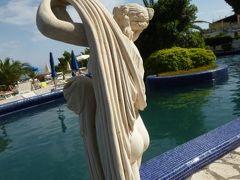 初夏の優雅なバカンス ナポリのイスキア島♪ Vol44(第7日目午後) ☆イスキア島サンタンジェロ:午後も温泉公園「Giardini Termali」で優雅に過ごす♪冷たいイスキア島産レモンチェロとともに♪