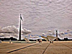 ブラジルを最も代表する建築家:「オスカー・ニーマイヤー」(首都:ブラジリアやNY国連本部を設計した男)
