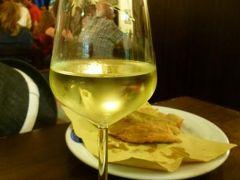 優雅な夏バカンス イタリア・東リビエラの旅♪ Vol14(第2日目夜) ☆ジェノバ:最も古い下町の居酒屋「Antica Osteria Di Vico Palla」♪