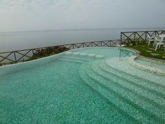 優雅な夏バカンス イタリア・東リビエラの旅♪ Vol91(第8日目午前) ☆モンテロッソ・アル・マーレ:「Hotel Porto Roca」の絶景プールで楽しむ♪