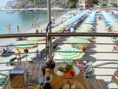 優雅な夏バカンス イタリア・東リビエラの旅♪ Vol92(第8日目午前) ☆モンテロッソ・アル・マーレ:ビーチで思いっきりにバカンス♪ランチは海のカフェで♪