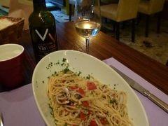 優雅な夏バカンス イタリア・東リビエラの旅♪ Vol95(第8日目夜) ☆モンテロッソ・アル・マーレ:ディナーはレストラン「Via Venti」で激うまのイワシパスタを頂く♪