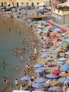優雅な夏バカンス イタリア・東リビエラの旅♪ Vol122(第11日目午前) ☆セストリ・レヴァンテ:「Hotel Miramare Sestri Levante」のジュニアスイートルームやビーチでくつろぐ♪