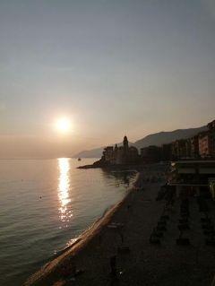 優雅な夏バカンス イタリア・東リビエラの旅♪ Vol161(第13日目夕) ☆カモーリ:黄昏の美しいカモーリを眺めて♪