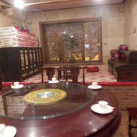 北京図門長春に泊まるs3⑨延吉から長春 空港出迎え夕食は朝鮮族風室内の造りで地元料理