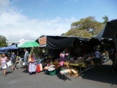 ハワイ島 マイプラン・・・ファーマーズマーケット「ヒロ&コナ」