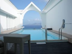 プライベートプールを巡る旅、EXES沖縄で天空のプール
