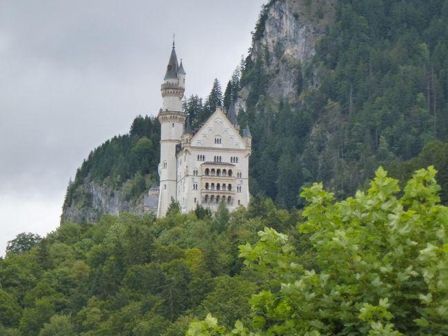 よくばりロマンチック街道とスイス・ベルサイユ・パリ8~2~の続きです。<br />行程3日目。ドイツ最終日です。