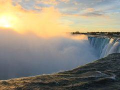 2013年秋 『家族』で行くカナダ&ニューヨーク  Part3(2日目 朝陽に輝くナイアガラの滝を見るためにテーブルロックまで散歩)